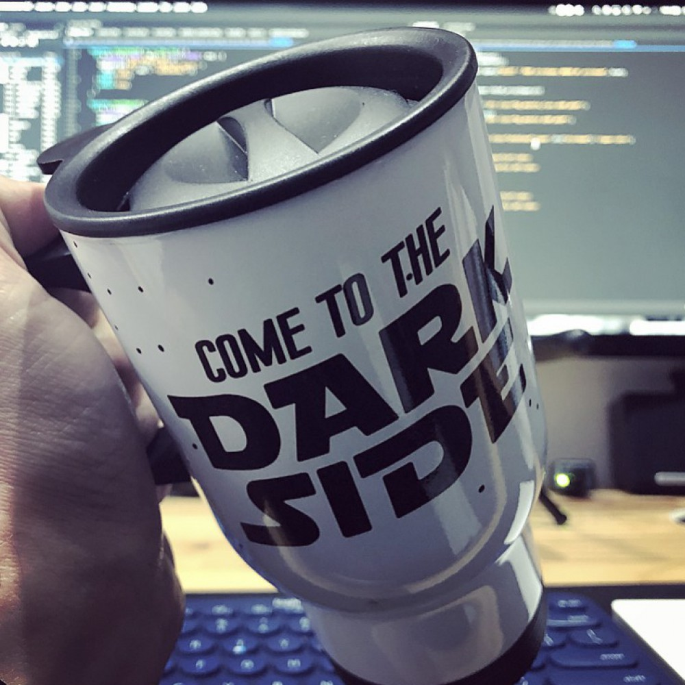 CANECA DARK SIDE COFFEE AND CODE